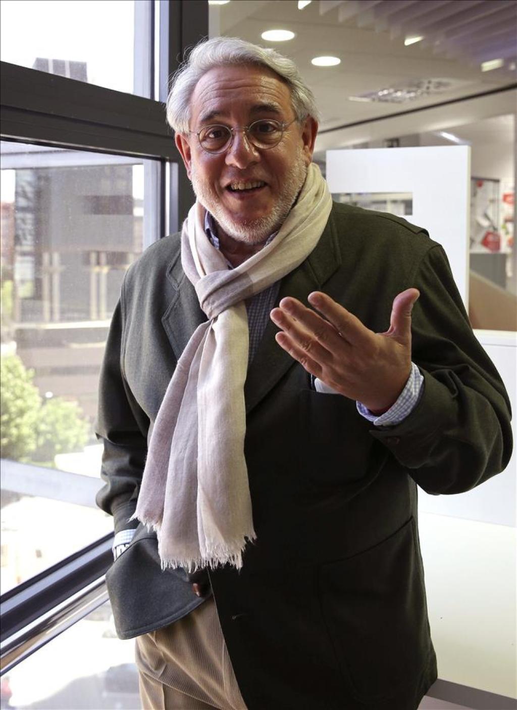 Manuel Ayllón Autor